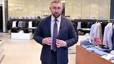 Ведущий Comedy Radio Александр Пичуев обновил гардероб в ХЦ